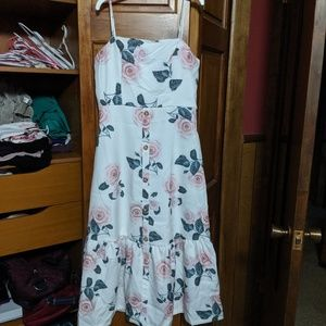 CLEARANCE Floral midi dress NWT